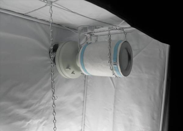 carbon-filter-setup-in-a-grow-tent & How to Set up a Carbon Filter in a Grow Tent or Grow Box